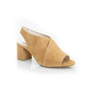 Gadea Enriqua Camel sandal heels